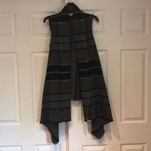 BB Dakota Striped Vest with Frayed Edges